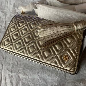Authentic Tory Burch Quilted leather slim Crosby